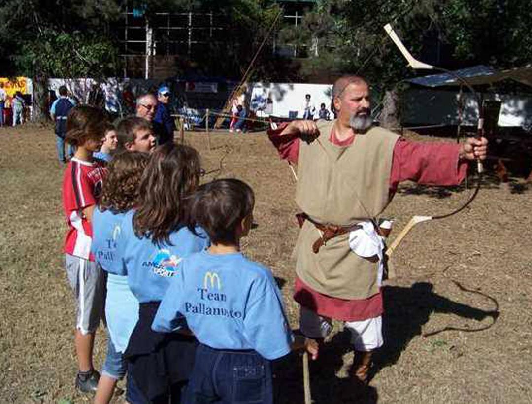 Lezione-tiro-con-l'arco-storico