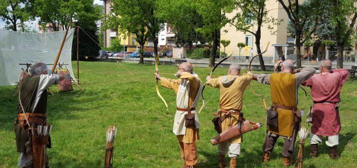 Gli Arcieri del Martello ai Manieri Aperti il 1 maggio 2018